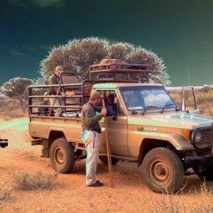 Bandur Hunting Safaris - Safari Vehicle